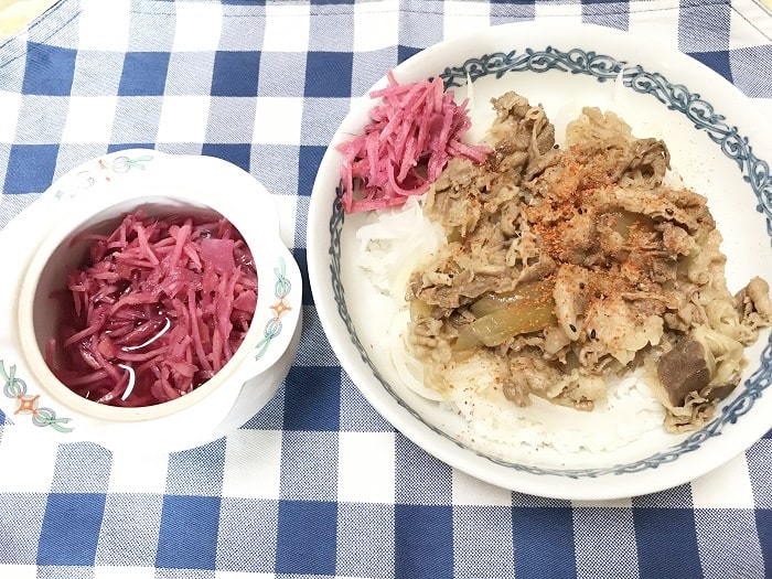 すき家の冷凍牛丼