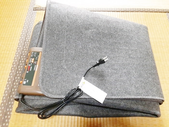 日立 2畳 ホットカーペット【HHLU-S2020】コンパクト収納(12折り)